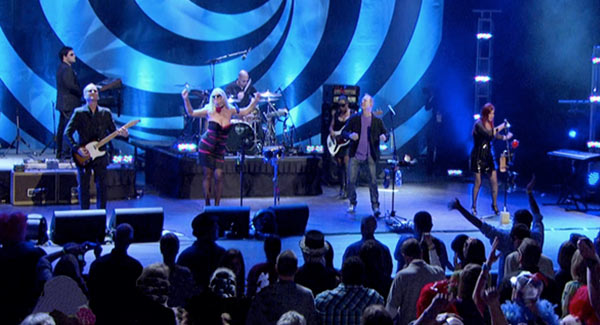 The B-52s � With the wild crowd, Live in Athens � GA (blu-ray)