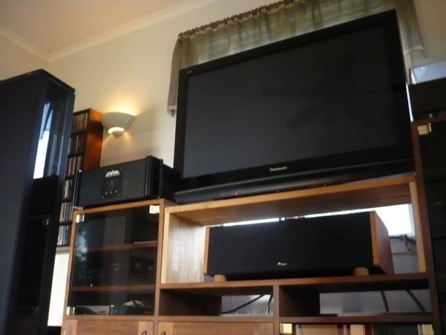 TV_003.JPG